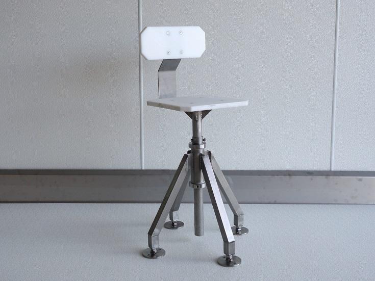 Stühle / Bänke